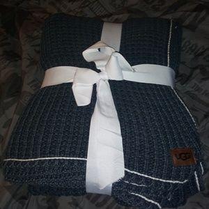 Ugg Australia Quilted Knit Blanket